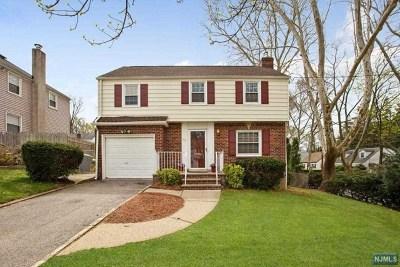 Teaneck NJ Single Family Home For Sale: $345,000