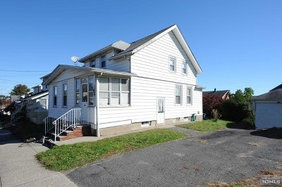 Totowa Single Family Home For Sale: 62 Washington Place