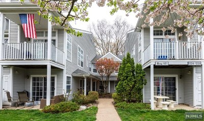 Mahwah NJ Condo/Townhouse For Sale: $429,900