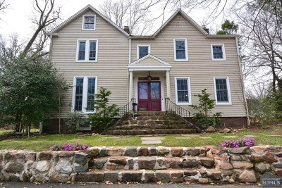 Tenafly Single Family Home For Sale: 265 Tenafly Road