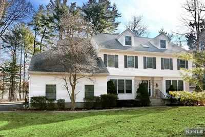 Woodcliff Lake Single Family Home For Sale: 7 Woodcliff Avenue