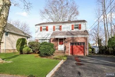 Teaneck Single Family Home For Sale: 739 Redmond Street