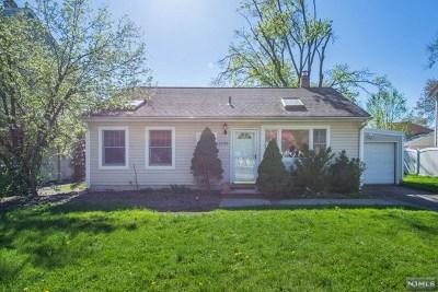 Pompton Lakes Single Family Home For Sale: 1520 Washington Avenue