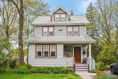 Waldwick Single Family Home For Sale: 8 Smith Street