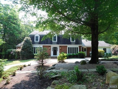 Morris County Single Family Home For Sale: 85 Chapel Hill Terrace