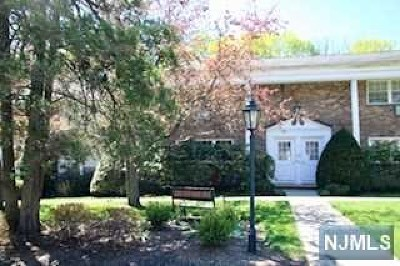Ramsey Condo/Townhouse For Sale: 66 South Franklin Turnpike #59