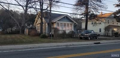 Wanaque Multi Family 2-4 For Sale: 629 Ringwood Avenue