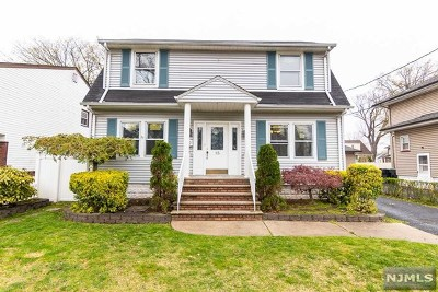 Bergenfield Single Family Home For Sale: 15 Harcourt Avenue