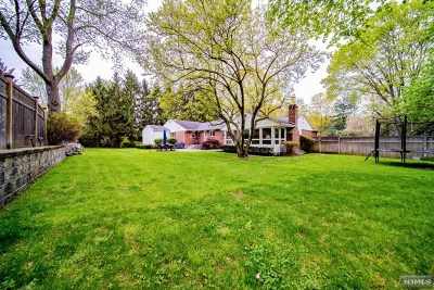 Demarest Single Family Home For Sale: 300 County Road