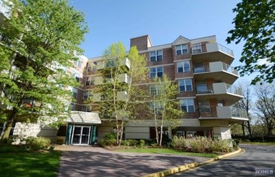 Edgewater Condo/Townhouse For Sale: 100 Grand Cove Way #2f-S