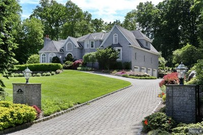 Saddle River Single Family Home For Sale: 43 West Wildwood Road