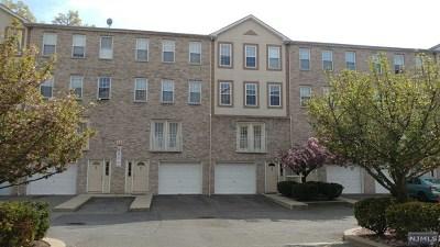 Hackensack Condo/Townhouse For Sale: 15 Zabriskie Street #1507