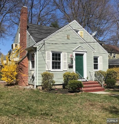 Ridgewood Single Family Home For Sale: 168 Pershing Avenue