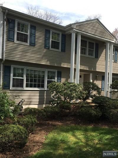 Oradell Single Family Home For Sale: 498 Hensler Lane