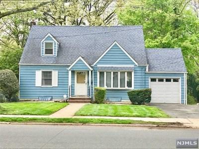 Teaneck Single Family Home For Sale: 956 Palisade Avenue