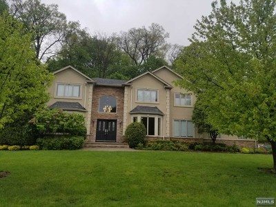 Woodcliff Lake Single Family Home For Sale: 5 Ellis Court