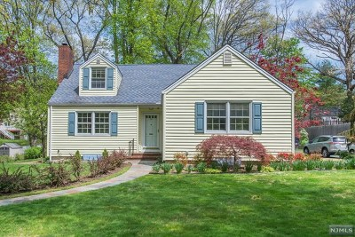Englewood Single Family Home For Sale: 291 Walton Street