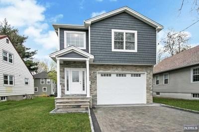 Fair Lawn Single Family Home For Sale: 12-67 5th Street