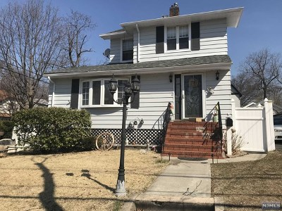 Ridgefield Park Single Family Home For Sale: 34 Hackensack Avenue