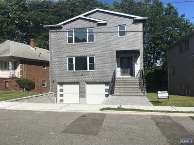 Fort Lee Single Family Home For Sale: 1076 Kingsland Lane