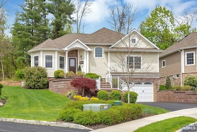 Morris County Condo/Townhouse For Sale: 19 Linda Court