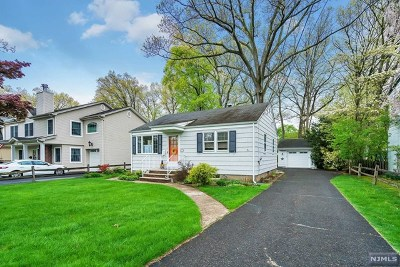 Wyckoff Single Family Home For Sale: 413 Radcliffe Street
