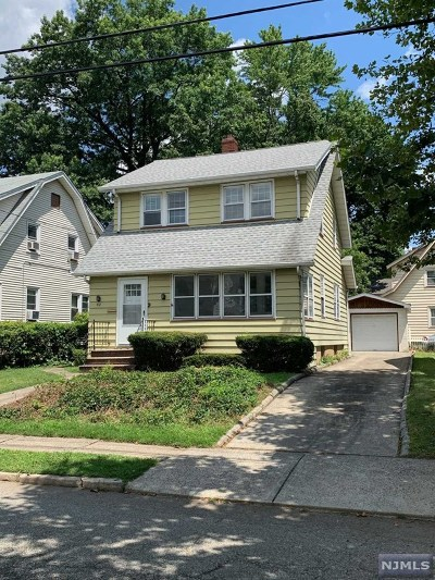 Hackensack Single Family Home For Sale: 52 Catalpa Avenue