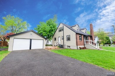 New Milford Single Family Home For Sale: 304 Milford Avenue