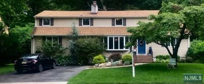 New Milford Single Family Home For Sale: 469 Marion Avenue