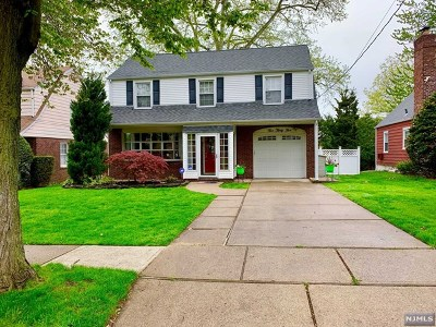 Ridgefield Single Family Home For Sale: 535 Prospect Avenue