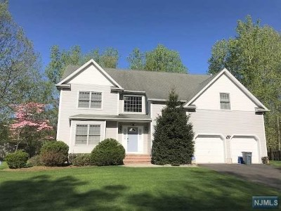 Closter Single Family Home For Sale: 5 Bethany Circle