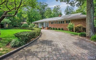 Tenafly Single Family Home For Sale: 45 Edgewood Street