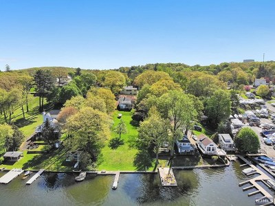 Morris County Single Family Home For Sale: 23 Windemere Avenue