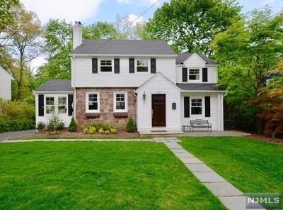 Ridgewood Single Family Home For Sale: 419 Upper Boulevard