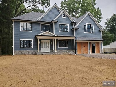 Wyckoff Single Family Home For Sale: 434 Caldwell Drive