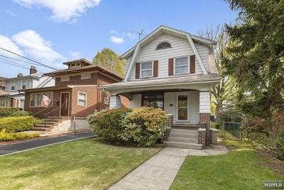 Cliffside Park Single Family Home For Sale: 59 Cortland Place