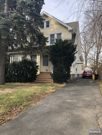 Teaneck Single Family Home For Sale: 1288 Longfellow Avenue