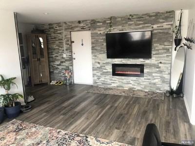 Ridgefield Park Condo/Townhouse For Sale: 205 Bergen Turnpike #3r