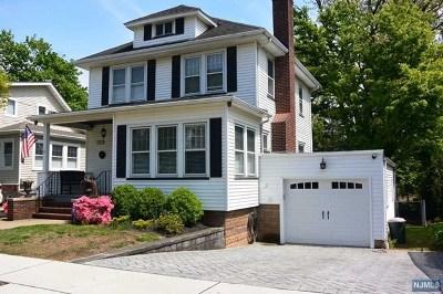 Ridgefield Single Family Home For Sale: 564 Abbott Avenue
