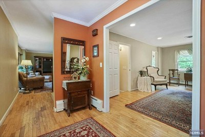 Ringwood Single Family Home For Sale: 158 Edward Drive