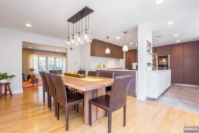 Tenafly Single Family Home For Sale: 15 Old Smith Road