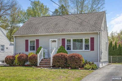 Bloomingdale Single Family Home For Sale: 30 Sally Street