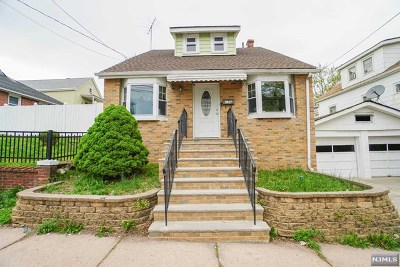 Clifton Single Family Home For Sale: 126 West 2nd Street