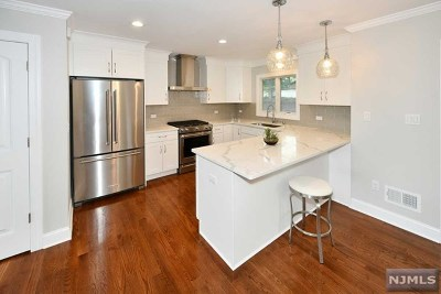 Emerson Single Family Home For Sale: 169 Chestnut Street