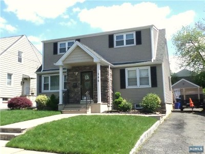 Hackensack Single Family Home For Sale: 146 Poor Street