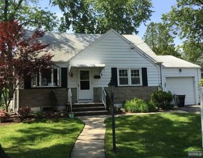 Fair Lawn Single Family Home For Sale: 18 Van Saun Place