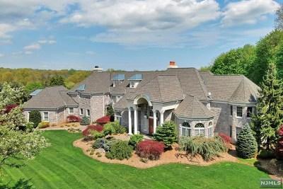 Franklin Lakes Single Family Home For Sale: 206 Stokes Farm Road