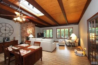 Fair Lawn Single Family Home For Sale: 0-58 Fair Lawn Parkway