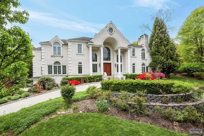 Franklin Lakes Single Family Home For Sale: 405 Jay Court