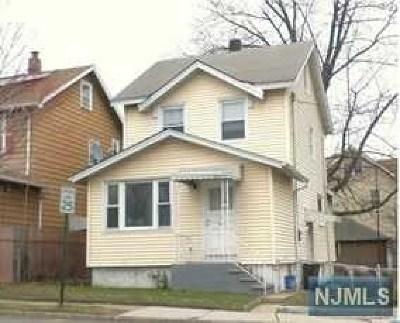Ridgefield Park Single Family Home For Sale: 1 Main Street